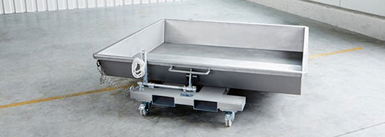 Scharfenberger pomace tipping tray